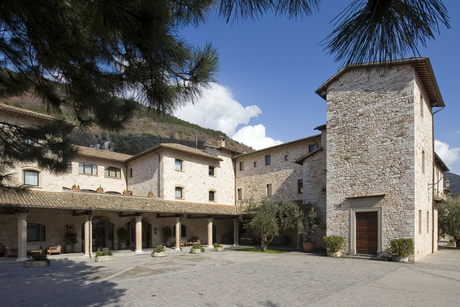 Hotel gubbio vip 4 stelle italia in campagna - Cucina 89 gubbio ...